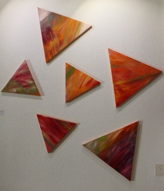 Jeu de la vie, acrylique, 60x60x60 cm (3) / 40x40x40 cm (3), 2015, CHF 900